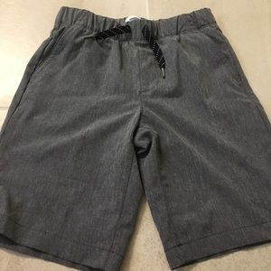 Old navy boys shorts (size 8 or M)